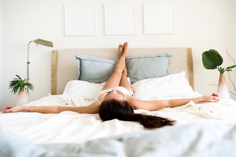 Det er ikke bevist, at det at have benene oppe under sex øger graviditetschancerne
