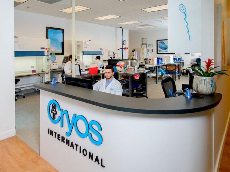 Cryos International front desk