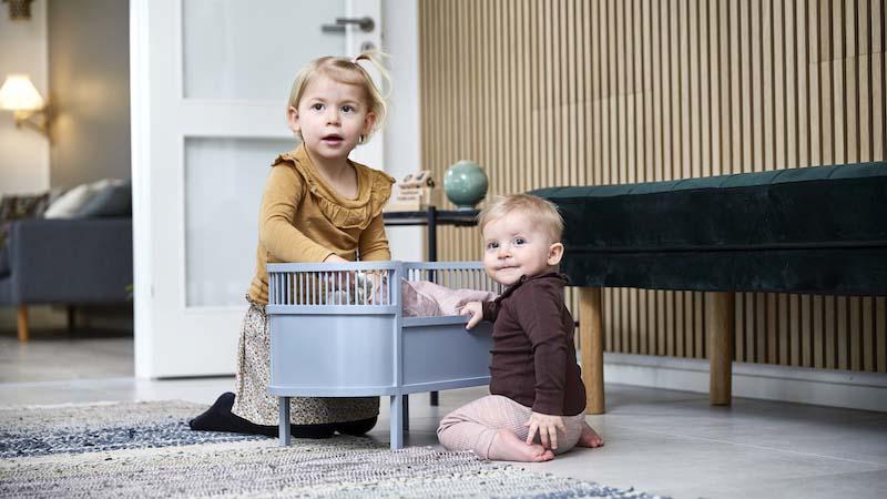 De gezinssamenstelling speelt een kleinere rol dan we denken en de zorgen over het welzijn van kinderen zijn ongegrond. Kinderen gedijen in allerlei verschillende soorten gezinnen.